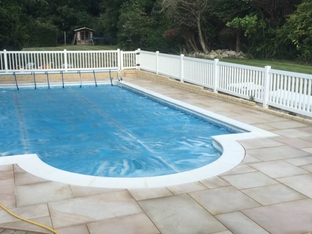 swimming-pool-paving